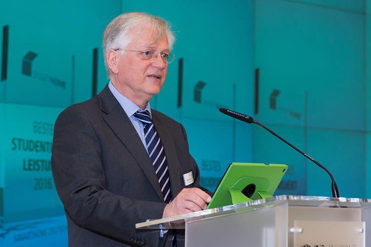 Günther Ohland ist Vorsitzender des Vorstands des Bundesverbands SmartHome Initiative Deutschland e. V.