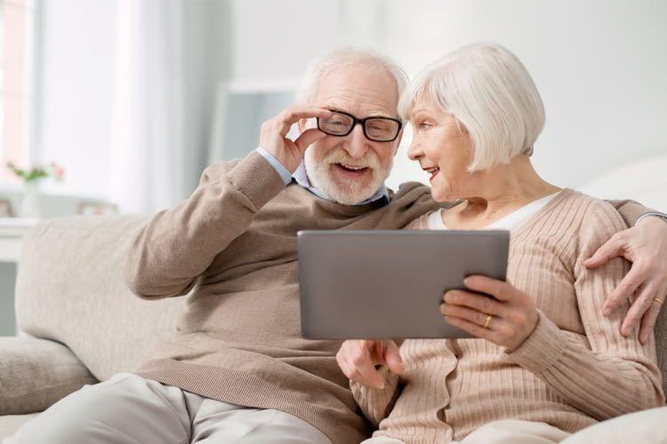 Mit den richtigen Hilfsmitteln bleiben Senioren lange selbstständig