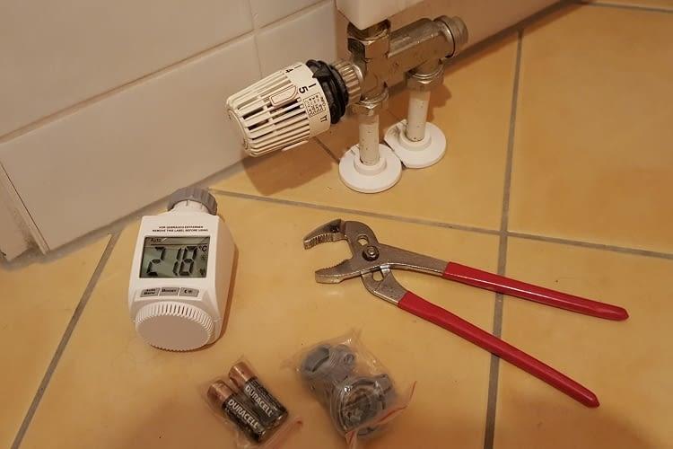 Die Installation des Thermostats im Smart Home-System von SmartService ist einfach
