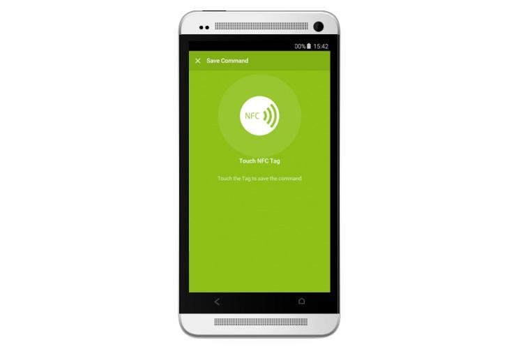 Bild eines NFC Smart Tags von Loxone mit Loxone App