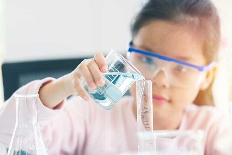 Die besten Experimentierkästen für Kinder