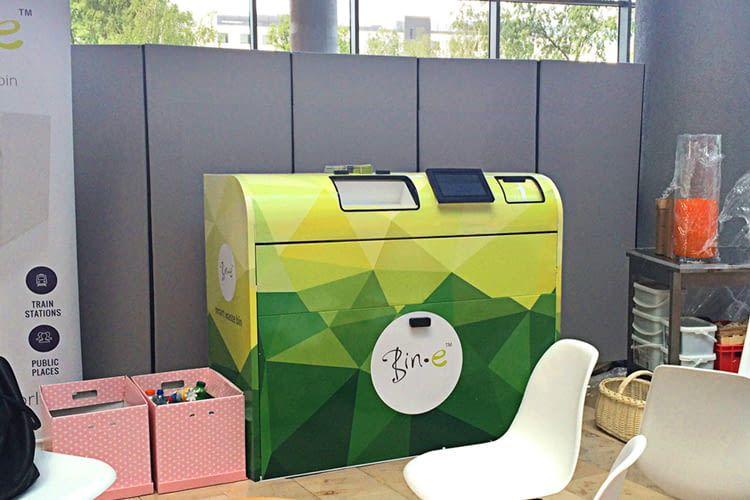 Die smarte Mülltonne Bin-e sorgt für effiziente Mülltrennung und -entsorgung