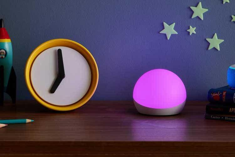 Echo Glow bringt bunte Lichter ins Kinderzimmer