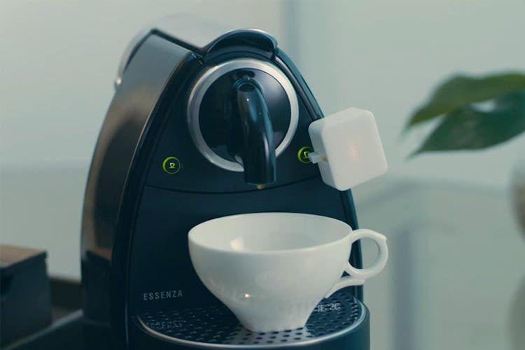 Der SwitchBot Button Presser macht z.B. Kaffeemaschinen sprachsteuerbar