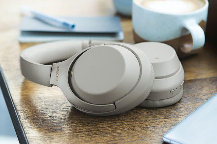 Mit Active Noise Cancelling Kopfhörern lässt es sich auch in einem vollen Cafe gut arbeiten