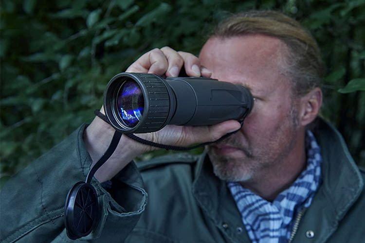 Jäger, Angler und andere Naturfreunde profitieren von einem Nachtsichtgerät