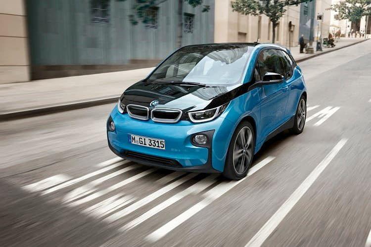 Der BMW i3 ist ein Elektroauto mit hochwertigem Interieur und schöner Optik