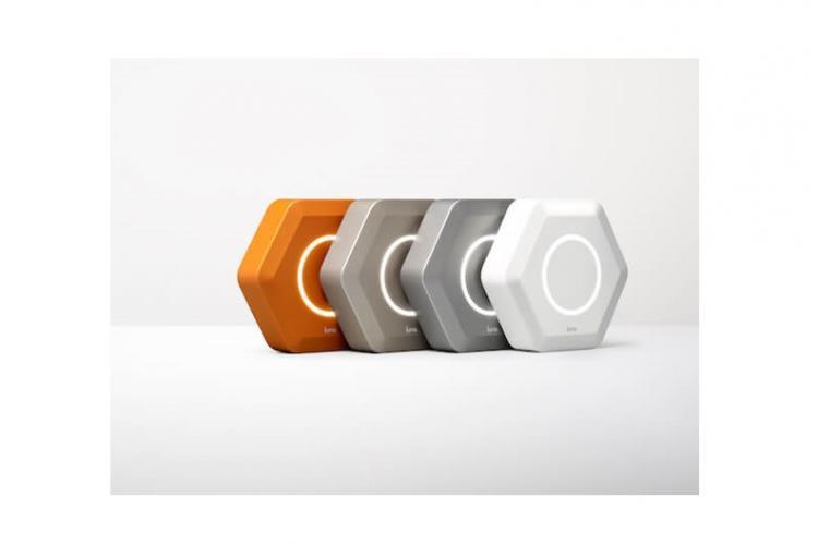 Abbildung des Luma Smart Router in verschiedenen Farben