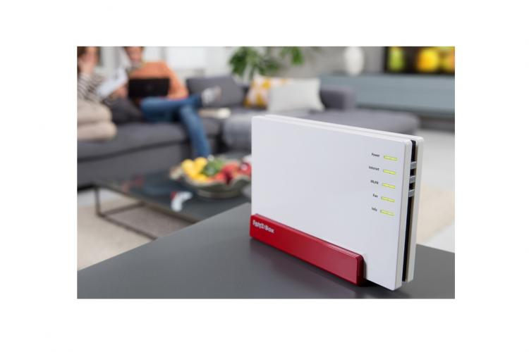 FRITZ!Box 7580 Router mit Mu-MIMO WLAN Technologie