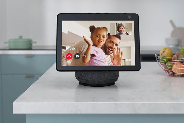 Die Amazon Echo Familie ist groß, bietet jede Menge Entertainment und hilft den Alltag zu vereinfachen (im Bild: Echo Show 10)