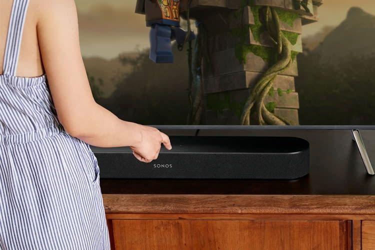 Die Fernfeld-Mikrofone für die Alexa-Sprachsteuerung lassen sich direkt am Gerät ausschalten