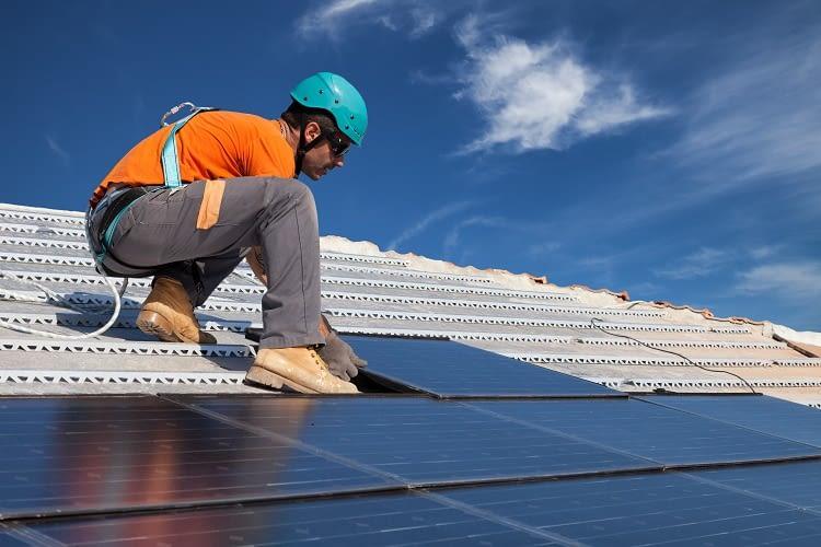 ecoligo ermöglicht weltweit den Bau von Solaranlagen