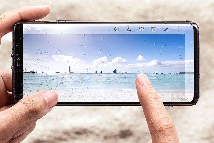 Das HUAWEI Mate20 Pro besticht mit Leica Triple Kamera und KI