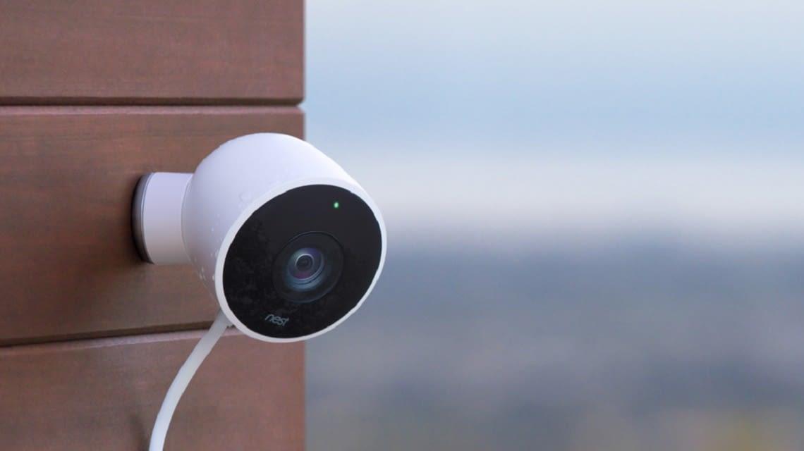 Mit der Nest Cam Outdoor müssen Einbrecher draußen bleiben