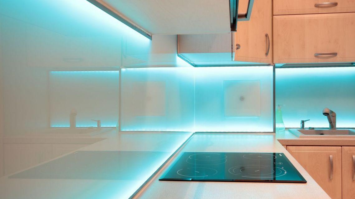 LIFX Blau LED Facebook