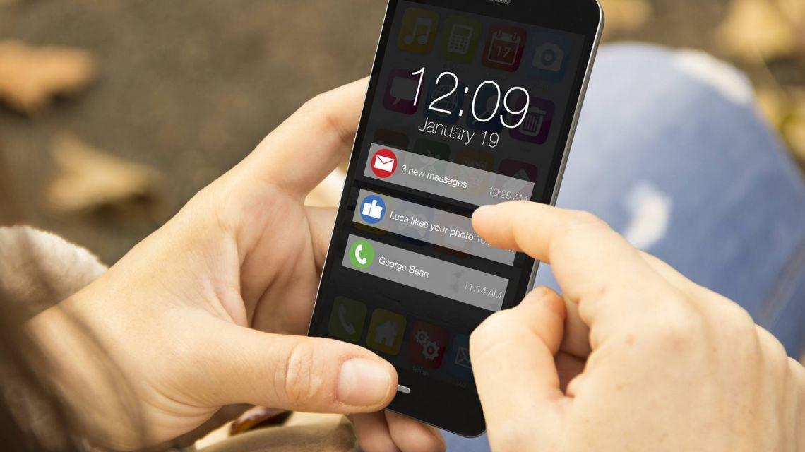 Benachrichtigung auf's Handy erhalten wenn Tür nicht abgeschlossen wurde