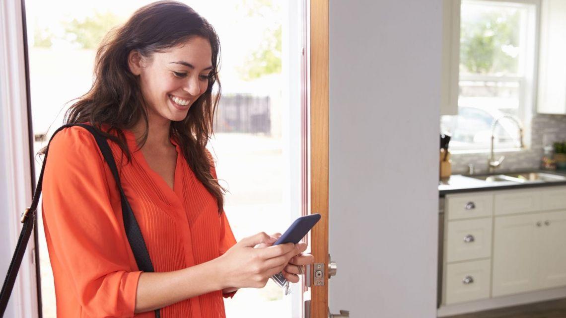 Schalte die Geräte ab wenn bestimmte Person heimkommt