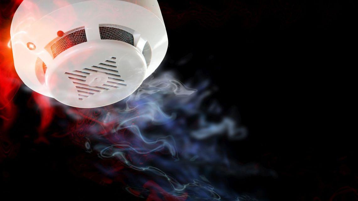 Nest Protect Rauch WeMo Lichter an