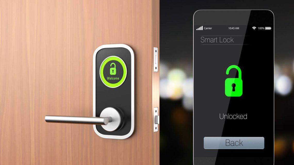 Abschließen der Tür mit Danalock SmartLock und Amazon Echo