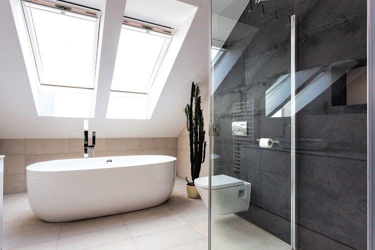 Vor allem im Bad wird oft manuell zu wenig gelüftet