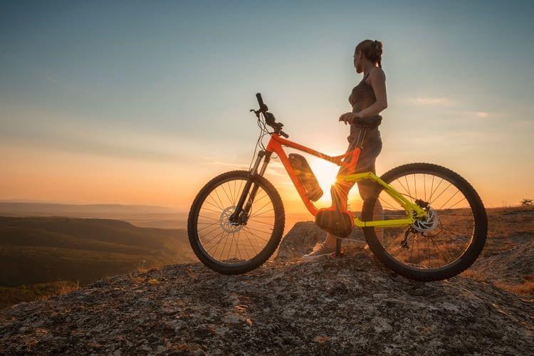 Wer hoch hinaus will, muss sich auch mit einem E-Bike anstrengen