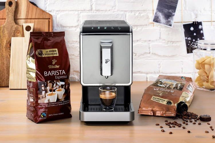 Tchibo bietet auch Sets – inkl. Kaffeebohnen und Milchaufschäumer