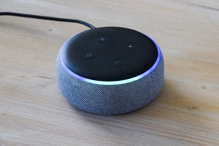 Klein aber oho! Auch mit einem Echo Dot 3 stehen so gut wie alle Alexa-Funktionen zur Verfügung