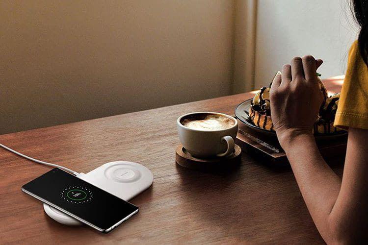 Die Samsung Galaxy S10-Handys sind Qi-fähig und lassen sich drahtlos aufladen