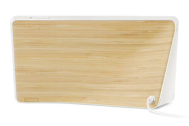 Das Lenovo Smart Display in Bamboo-Optik setzt einen optischen Marker im modernen Wohnambiente