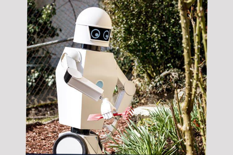 Egal was zu tun ist, der Universalroboter packt beherzt mit an