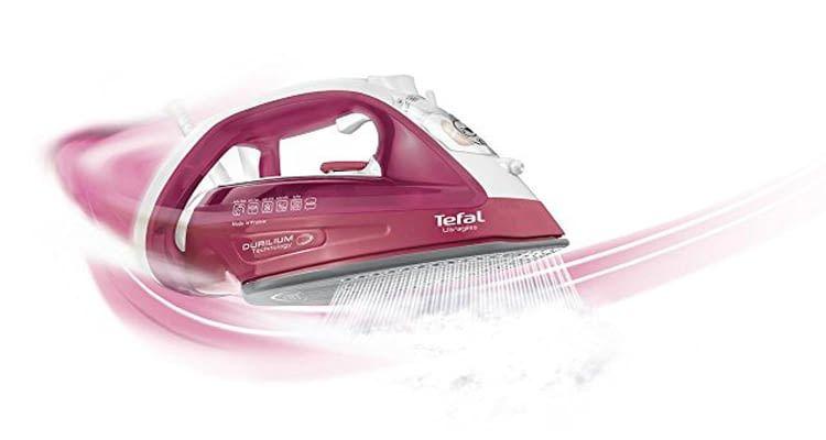 Dampfbügeleisen Tefal Ultragliss FV4920 ist mit Durilium-Sohle für besseres Gleiten ausgestattet