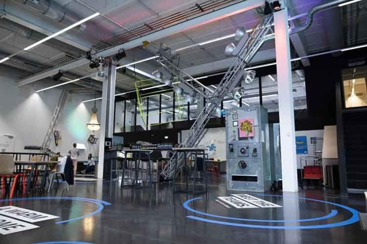 Das Office absichern, ohne bauliche Veränderungen? Die mobile Bosch spexor Alarmanlage ist mieterfreundlich