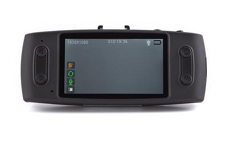 Das 2,7 Zoll große Display der iTracker GS6000-A12 Autokamera sorgt für Übersicht