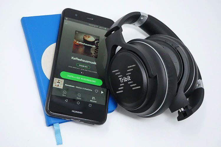In nur wenigen Schritten lässt sich der XFree Go Kopfhörer per Bluetooth mit dem Smartphone verbinden