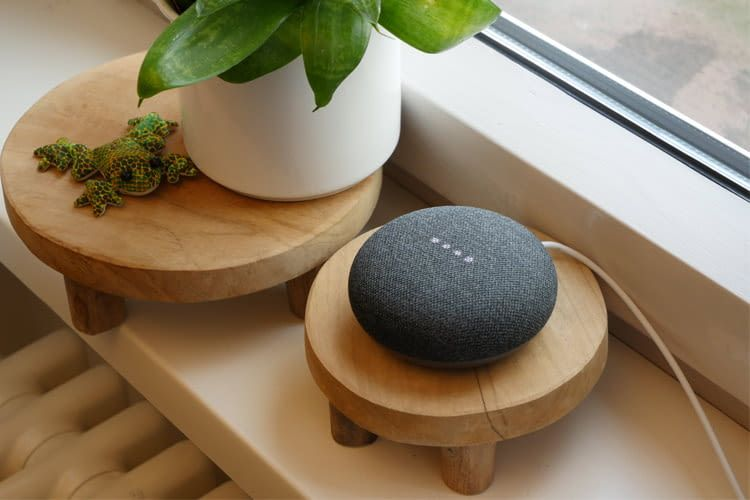 Google Home Mini erleichtert dank Sprachsteuerung auch sehbehinderten Nutzern den Alltag