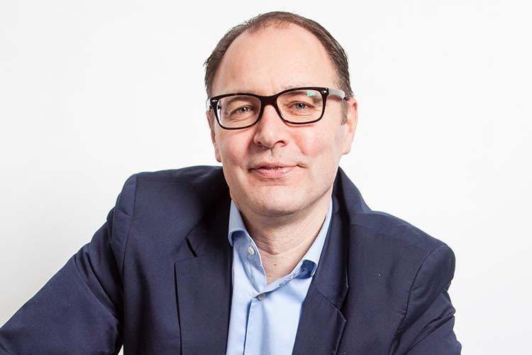 ABUS Sicherheitsexperte Torsten Mendel im home&smart Kurzinterview