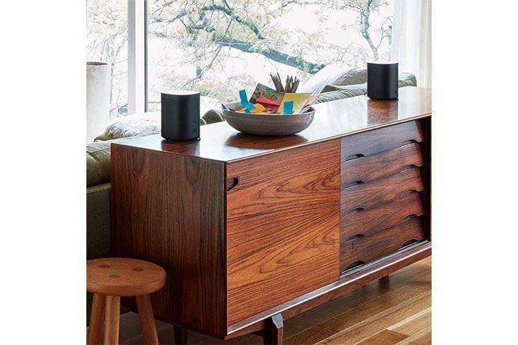 Der Sonos One ist in jedem Smart Home ein echter Blickfang