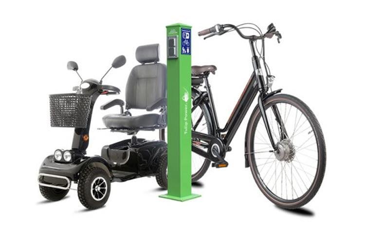 Die E-Bike Ladesäulen können überall eigenständig Strom liefern