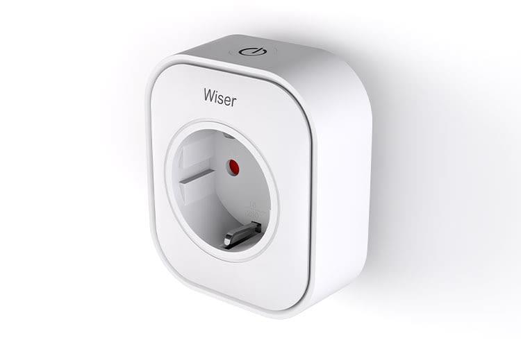 Der Wiser Plug von Eberle ermöglicht das Ein- und Ausschalten von Elektrogeräten per App oder Sprachsteuerung