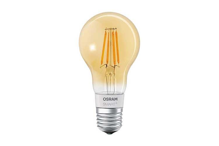 Die gelb eingefärbte Variante der Standardform der Filament Leuchte von OSRAM Smart+