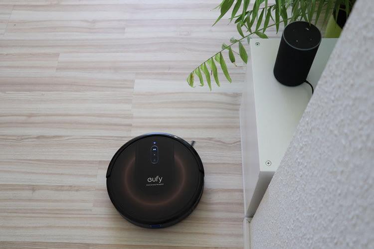 Außer, wie hier, mit Alexa ist eufy RoboVac G30 Edge auch mit Google Assistant steuerbar
