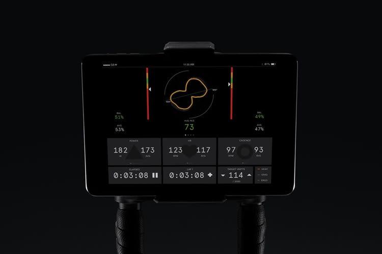 Über die Wattbike Hub-App wird überprüft, ob man Kraft beim Treten verschwendet