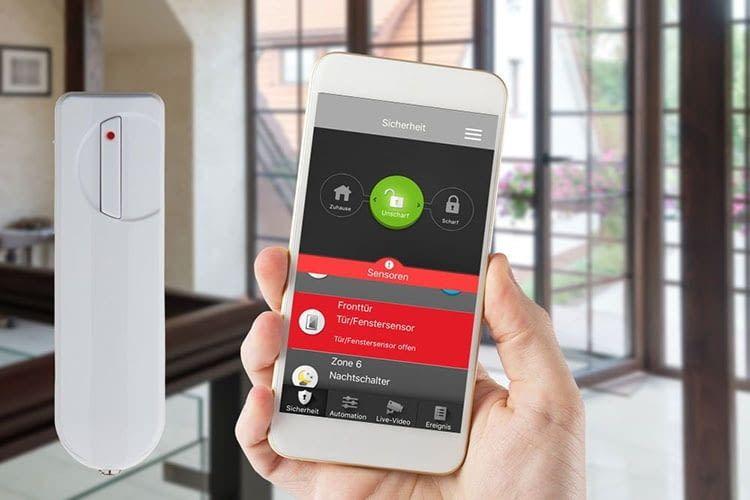 Die Steuerung der Blaupunkt Q3000 Alarmanlage erfolgt über eine Smartphone App