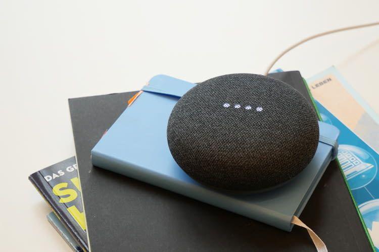 Auch Google Home Mini ist ein tolles Geschenk, wenn man die richtigen Tipps und Tricks dazu kennt