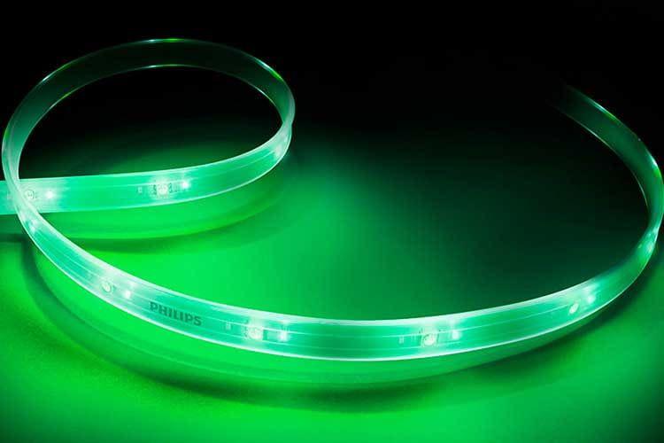 Der Philips Hue LightStrip nutzt den ZigBee Funkstandard