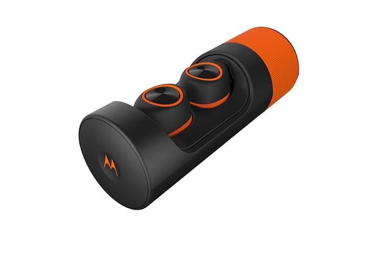 Das Ladecase schützt die Kopfhörer bei Nichtgebrauch