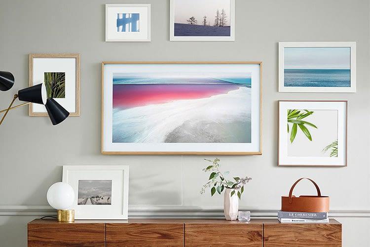 """Mit dem """"The Frame TV"""" geht Samsung einen anderen, nicht ganz gegensätzlichen Weg"""