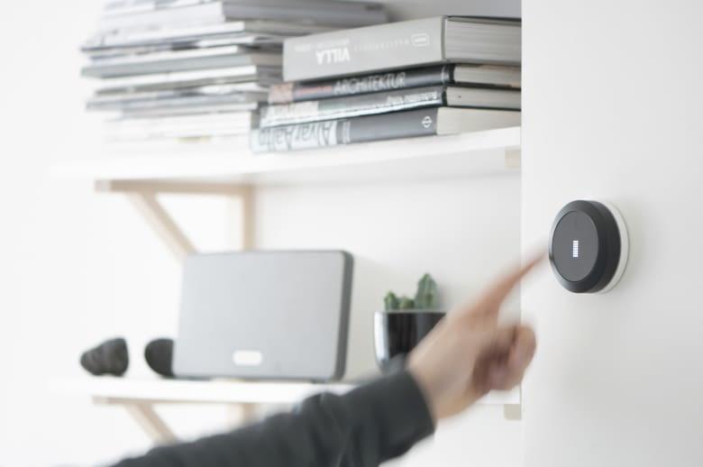 Bedienung des Smart Homes per Fingerdruck oder Gestensteuerung mit Nuimo
