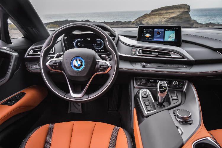 Futuristisches Design auch im Innenraum des BMW i8
