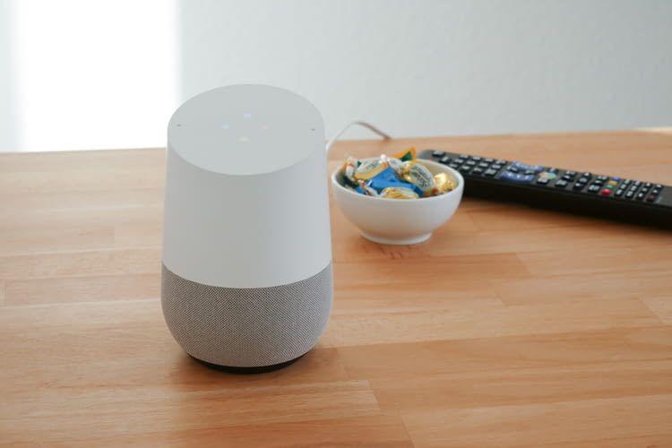 Eine Fernbedienung braucht man bei Google Home Nutzung nicht mehr unbedingt
